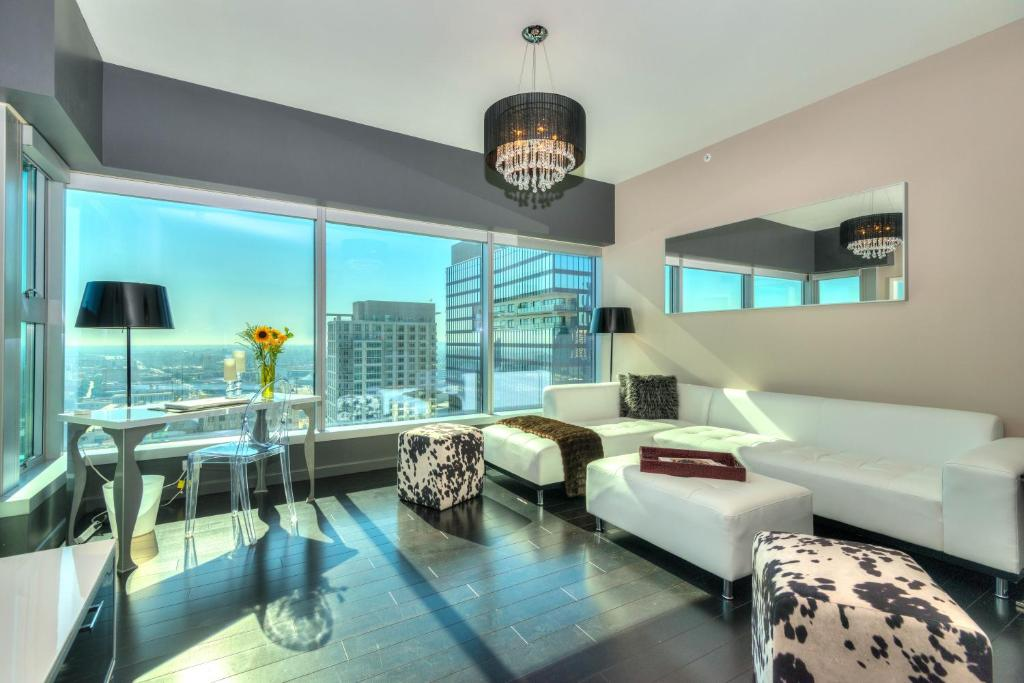Apartment Downtown LA 1-Bedroom with Views, Los Angeles ...