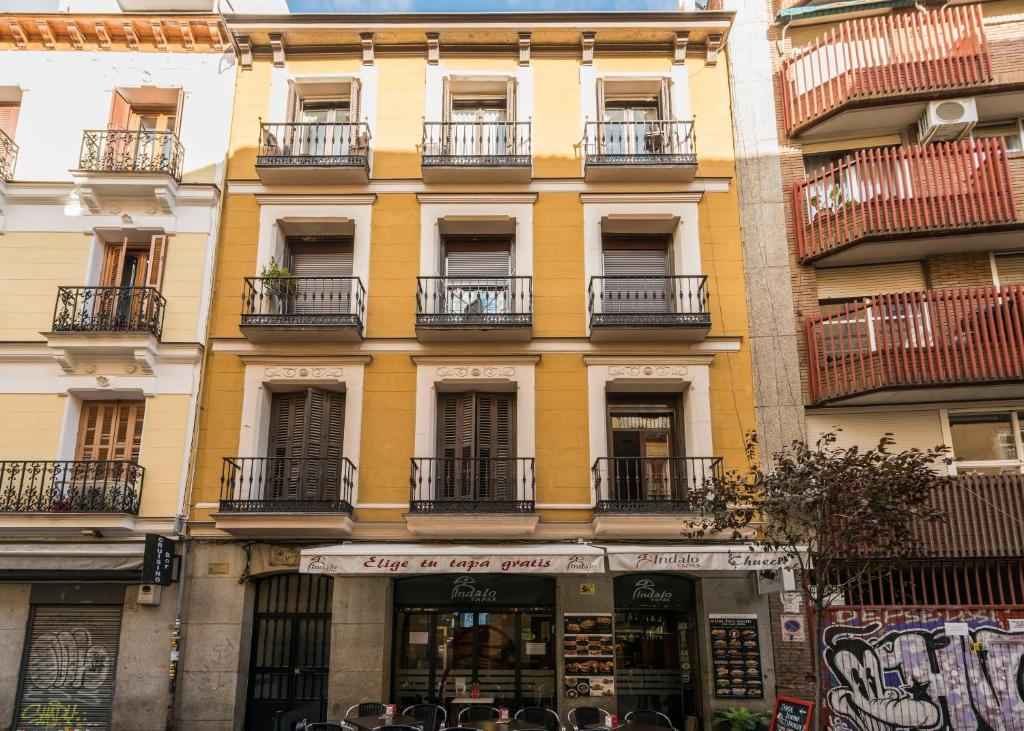 Madrid smartrentals chueca ii madrid book your hotel for Booking madrid hotel