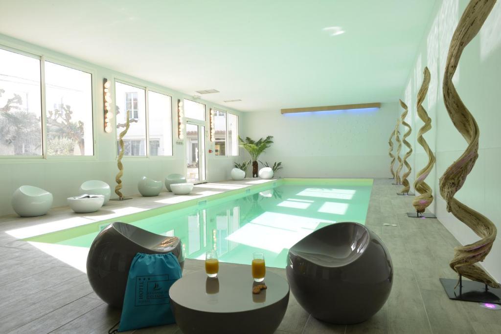 Grand hotel des bains fouras informationen und for Hotel fouras grand hotel des bains