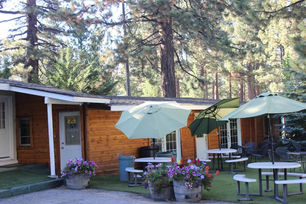 Vacation home manzanita large group vacation rental south Rent a cabin in lake tahoe ca