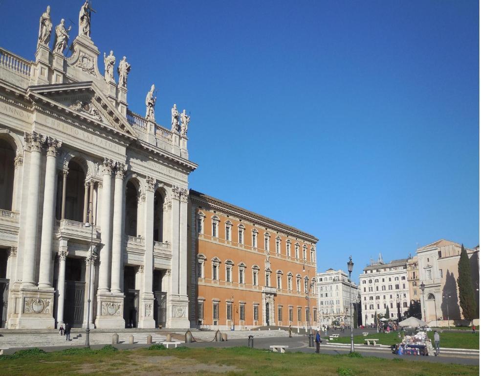 Hotel Domus Aurea Roma Booking
