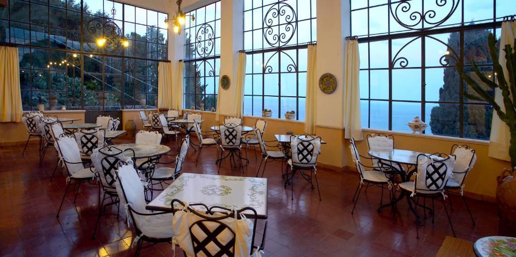 Hotel bel soggiorno taormina prenotazione on line for Hotel bel soggiorno