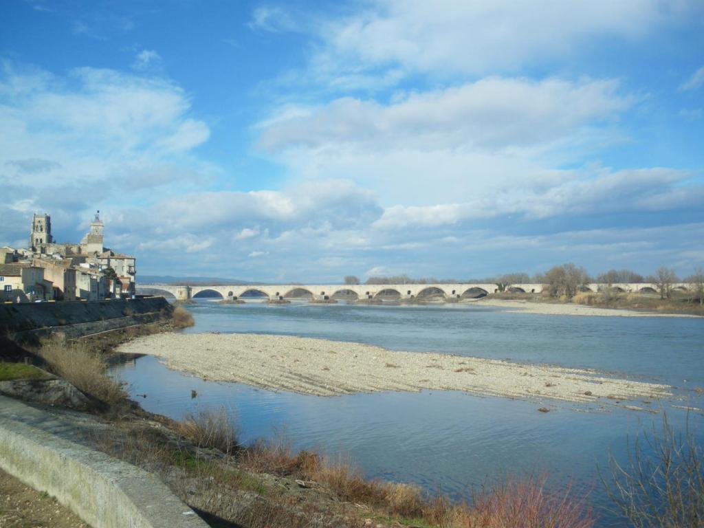 Hotel du commerce pont saint esprit - Office du tourisme pont saint esprit ...