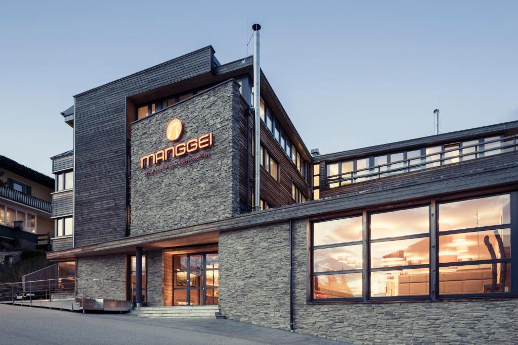 Hotel manggei designhotel obertauern flachau reserva tu for Design hotel obertauern
