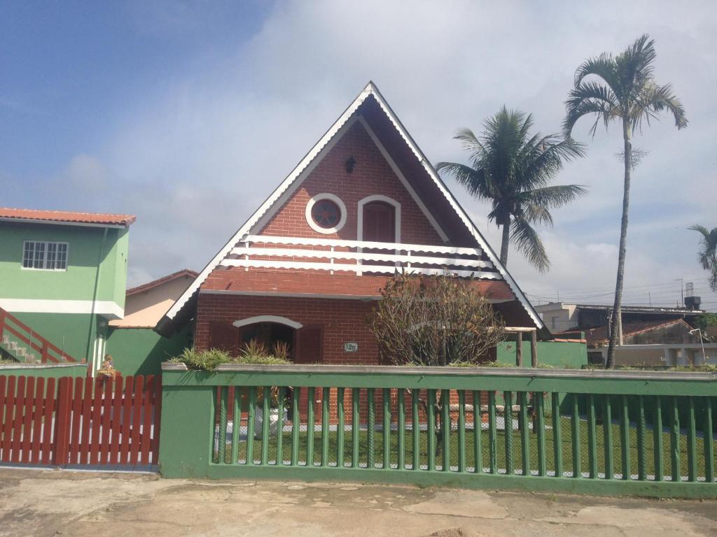 Hostel chalé itanhaem