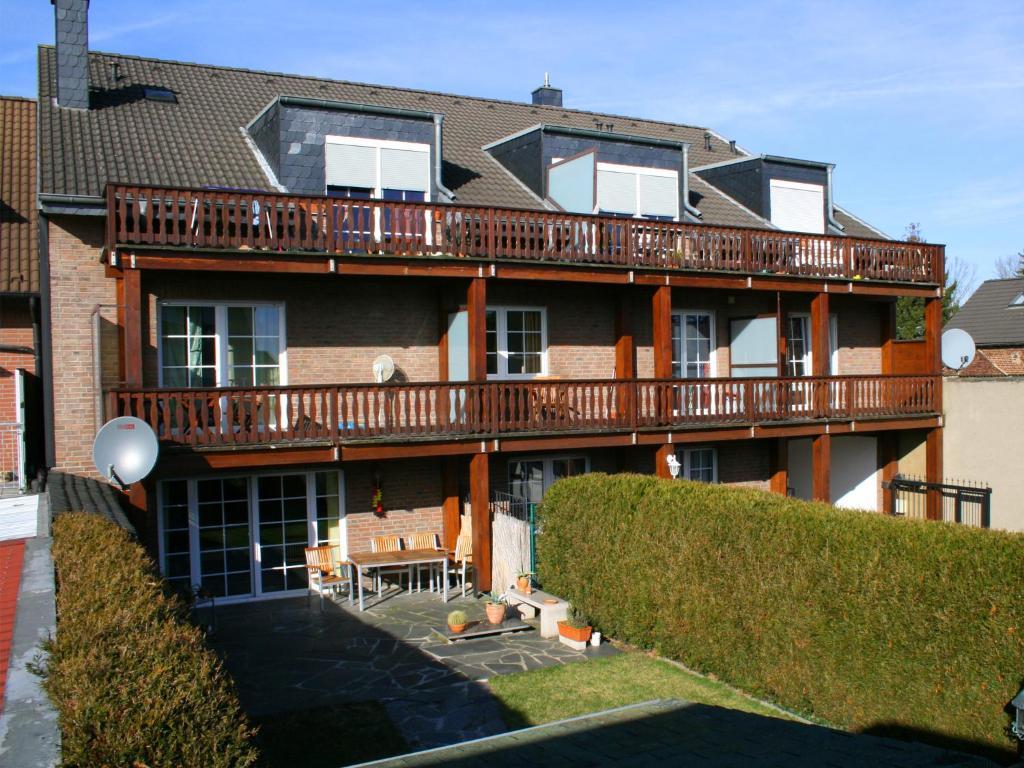 Pension prell bed breakfast d ren eifel for Design hotel eifel euskirchen germany