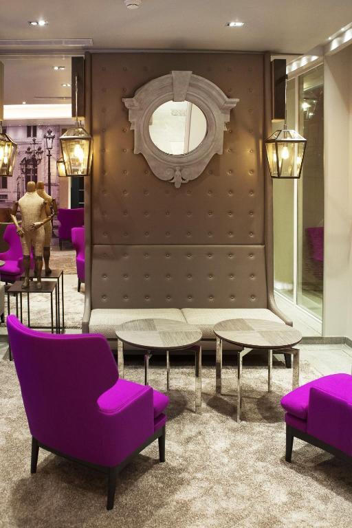 hotel la lanterne paris. Black Bedroom Furniture Sets. Home Design Ideas