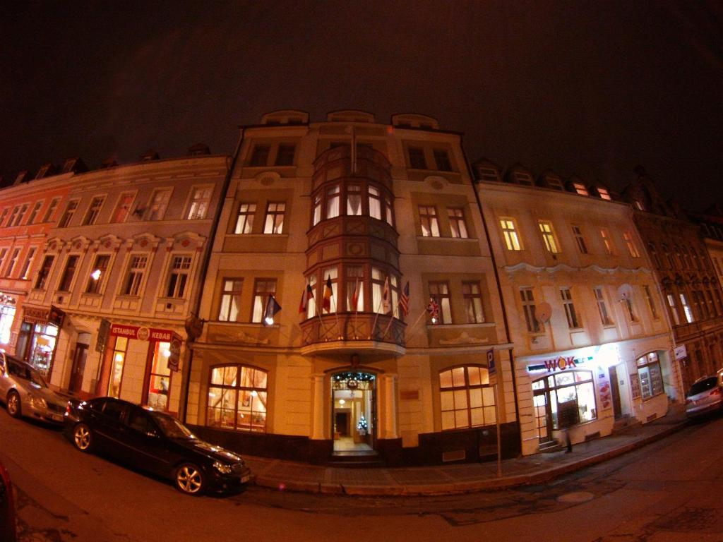 Hotel derby karlovy vary prenotazione on line for Derby hotels