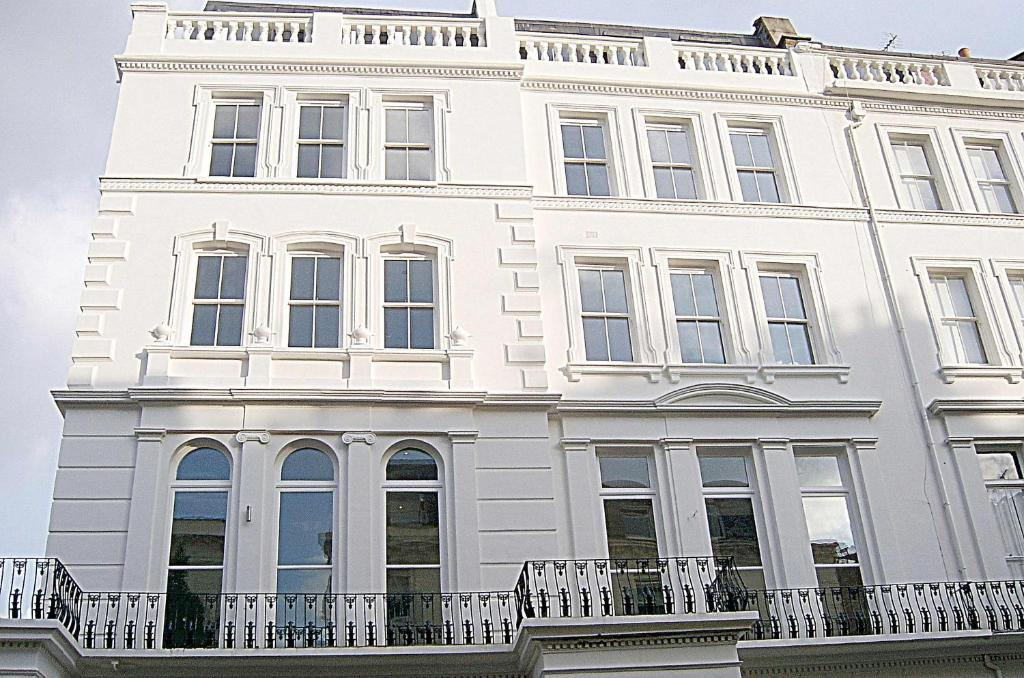 furnished apartments next to westbourne grove notting hill london