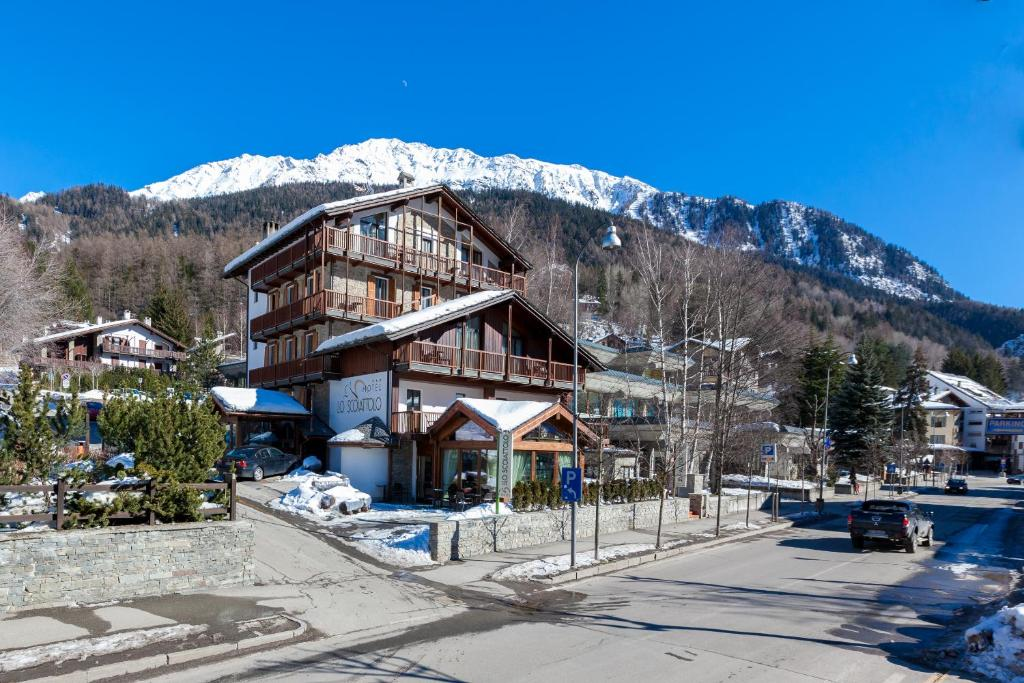 Hotel Lo Scoiattolo Courmayeur Booking