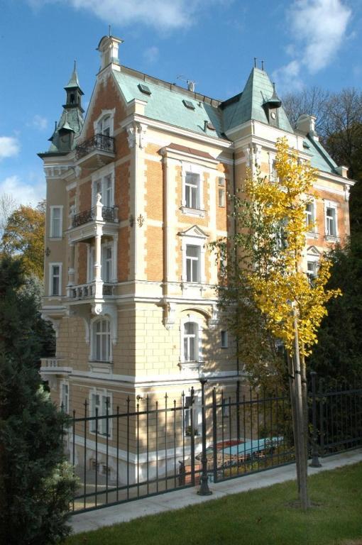 Hotels Karlovy Vary Villa Charlotte