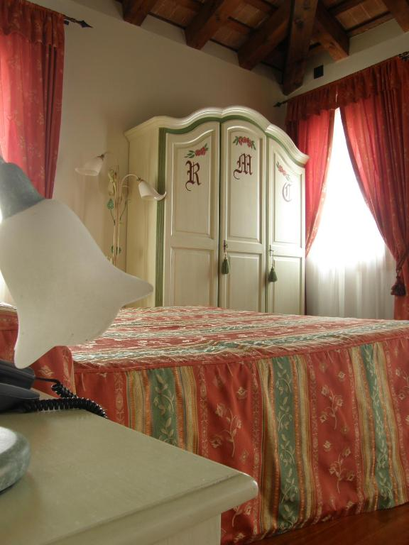 Residence meuble 39 cortina zero branco book your hotel for Meuble cortina quinto di treviso