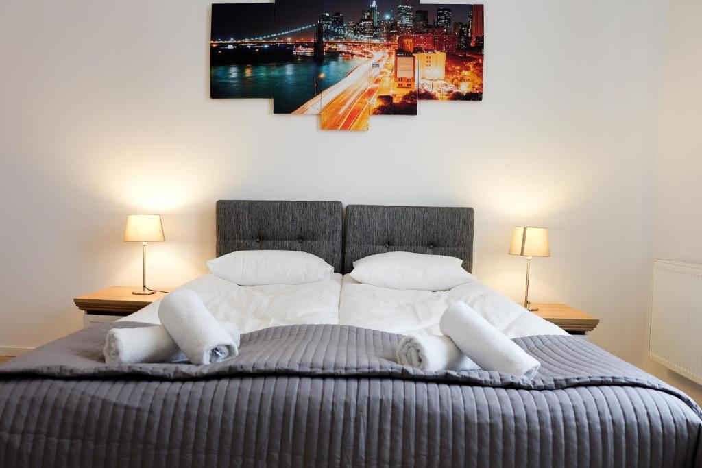 59700201 - ApartmentsApart