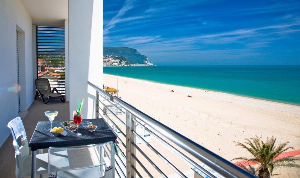 Il conero mare numana prenotazione on line viamichelin for Costo dell ascensore della casa sulla spiaggia