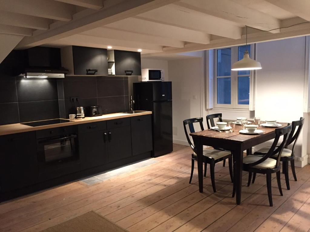 Appartement faussets bordeaux france for Appartement in bordeaux