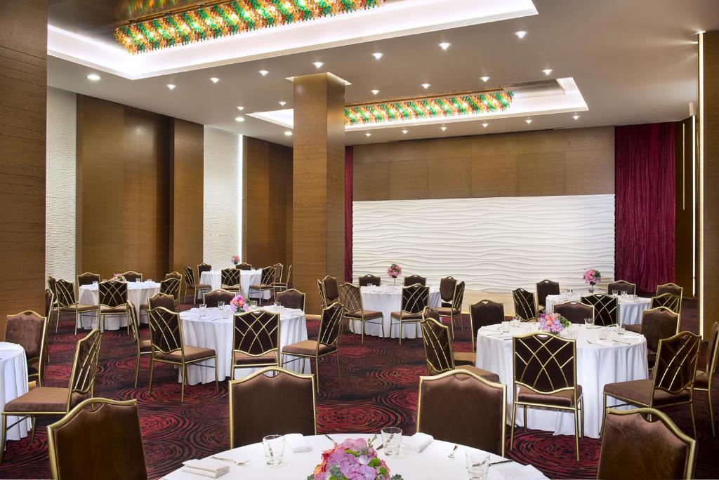 Atana hotel r servation gratuite sur viamichelin for Chambre de commerce francaise a dubai
