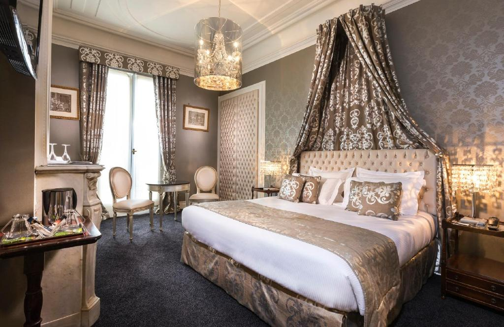Hotel claridge paris r servation gratuite sur viamichelin for Reservation hotel gratuite paris