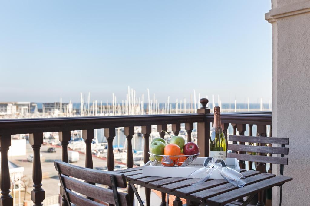 Apartamento Arenyslux II (Espanha Arenys de Mar) - Booking.com