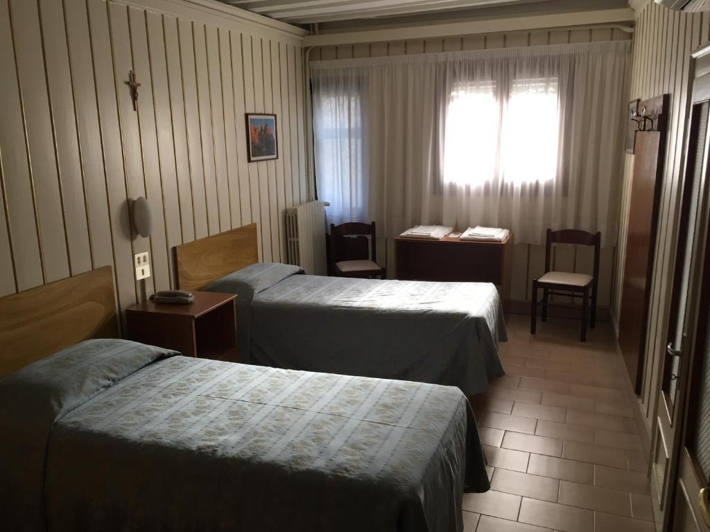 Chambres d 39 h tes casa caburlotto chambres d 39 h tes venise for Chambre d hote venise