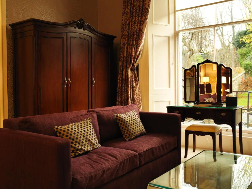 24 royal terrace edinburgh book your hotel with for 37 royal terrace edinburgh eh7 5ah