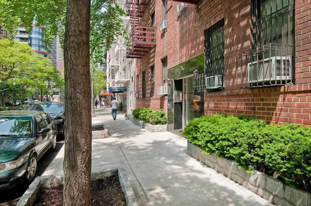 Midtown east apartments new york city ny for Apartments for sale new york city
