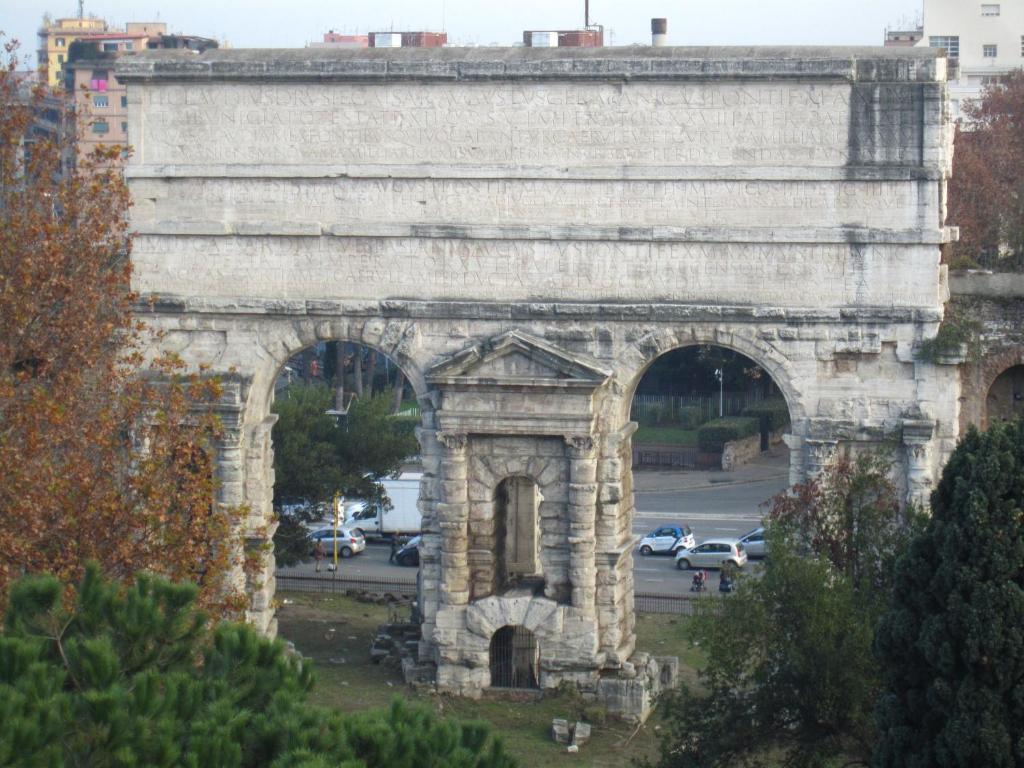 Adelina guesthouse rom informationen und buchungen - Via di porta maggiore 51 roma ...