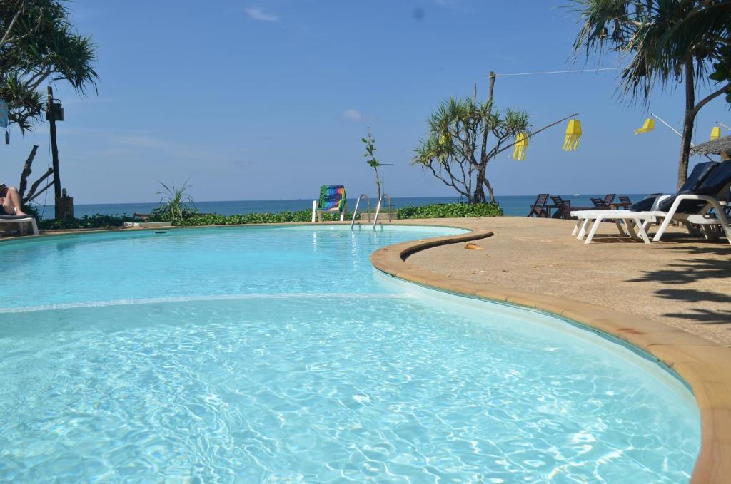 Lanta Klong Nin Beach Resort Booking Com