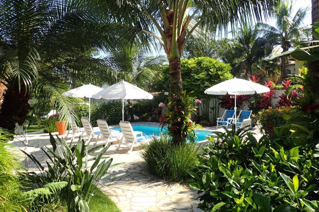 A piscina localizada em Maris Paraty ou nos arredores