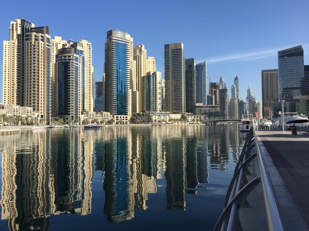 Best Deals For Waterfront One Bedroom Apartment Du Dubai