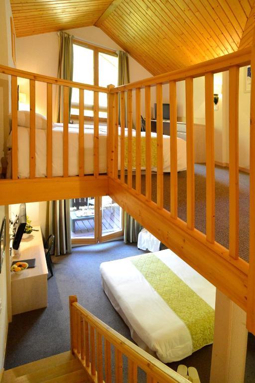 Le Bois Dormant Champagnole reserva tu hotel con ViaMichelin # Hotel Le Bois Dormant Champagnole