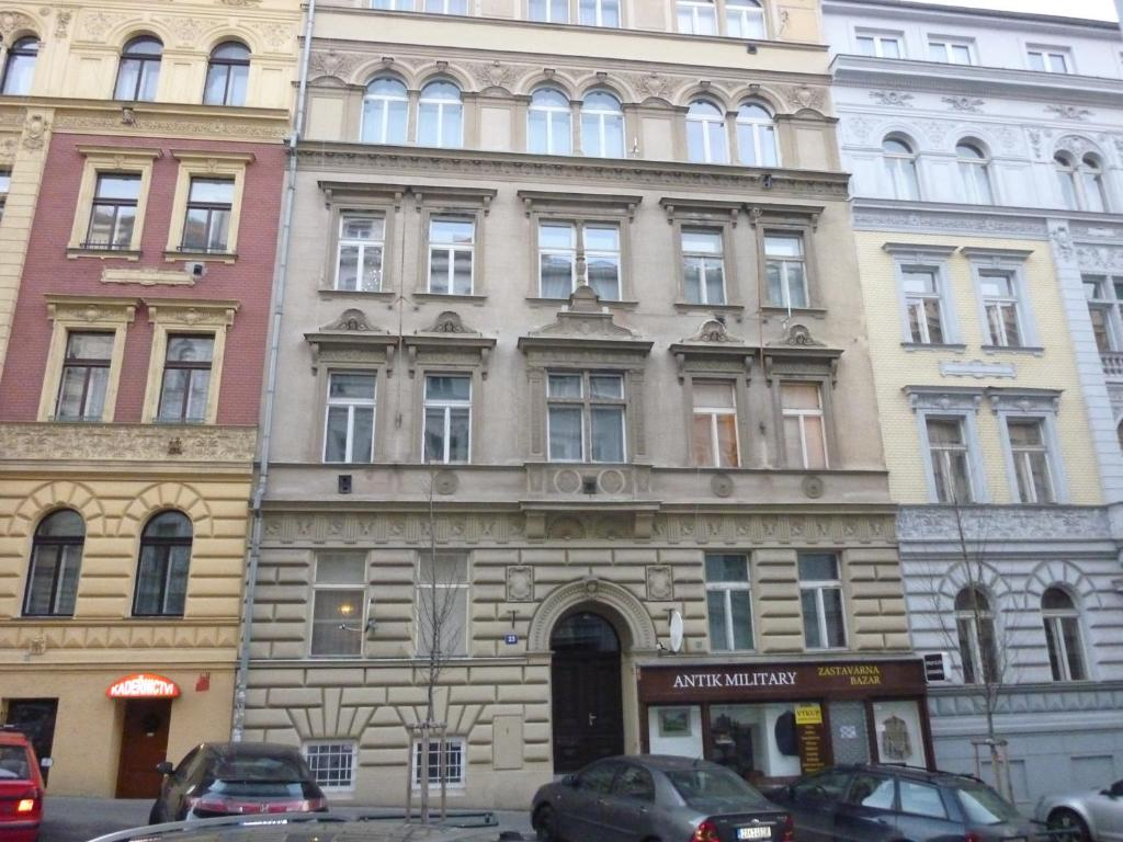 Apartment shumava prag informationen und buchungen for M hotel prague