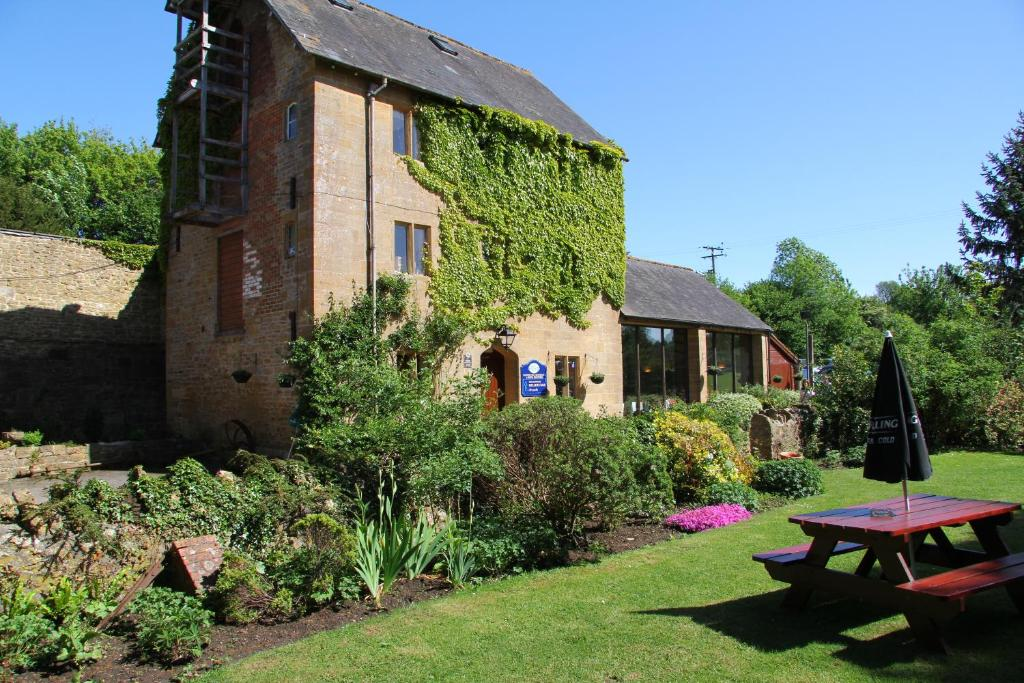 Haselbury Mill Yeovil Online Booking Viamichelin
