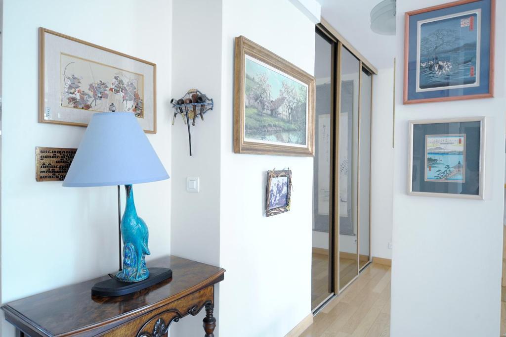Chambre d 39 h tes bed breakfast the welcoming dragon for Bureau de change paris 13 avenue d ivry