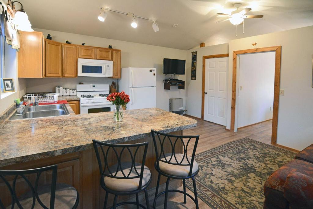Chugach Bed And Breakfast