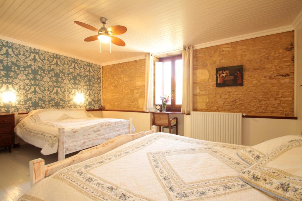 Chambres d 39 h tes le ch vrefeuille chambres d 39 h tes saint cyprien - Chambre d hote saint cyprien ...