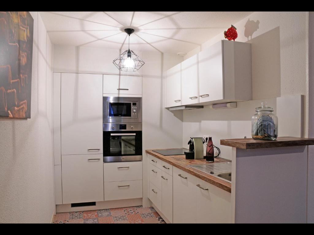 Appartement bordeaux historique locations de vacances - Ustensiles de cuisine bordeaux ...