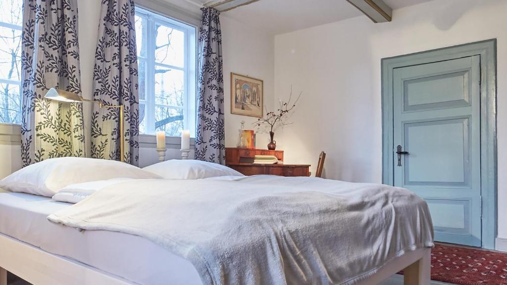 klosterkrug apartments l neburg informationen und buchungen online viamichelin. Black Bedroom Furniture Sets. Home Design Ideas