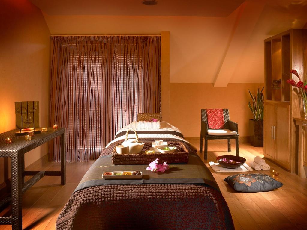 Castlecourt Hotel Spa Leisure Castlebar Online Booking Viamichelin
