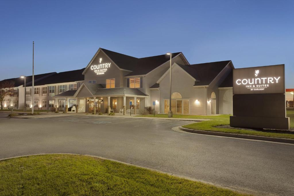 Country Inn & Suites by Carlson - Fort Dodge