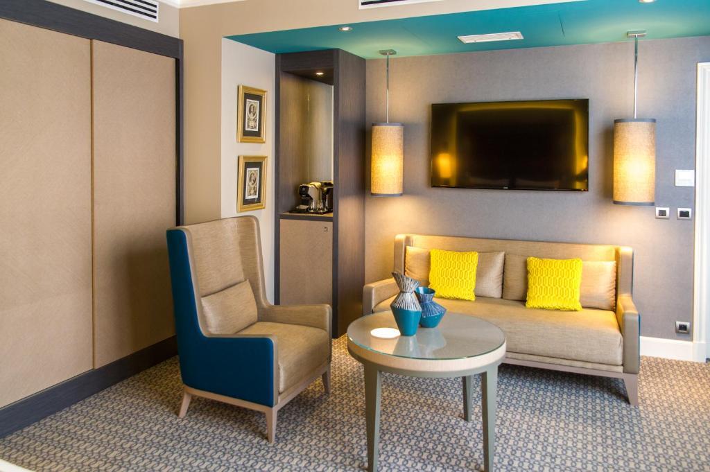 h tel alchimy albi viamichelin informatie en online reserveren. Black Bedroom Furniture Sets. Home Design Ideas