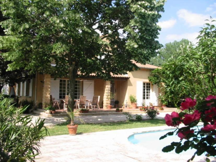 Maison de vacances villa acacia villas rochefort du for Appart hotel rochefort