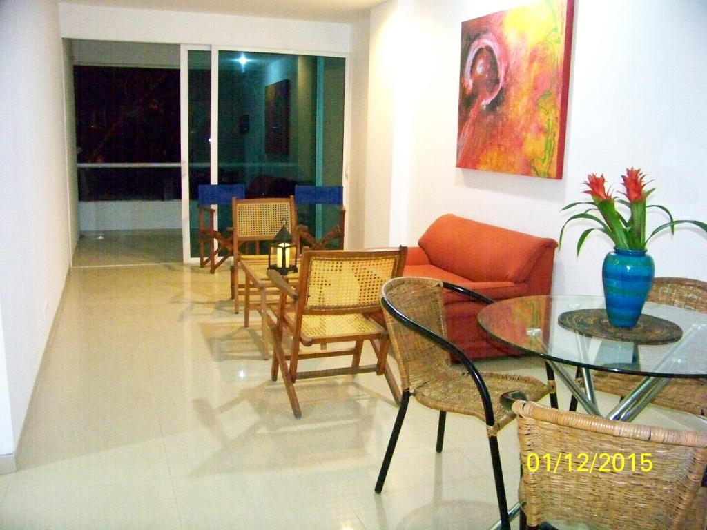 Apartamento en cielo mar cartagena de for Hotel cielo mar ofertas familiares
