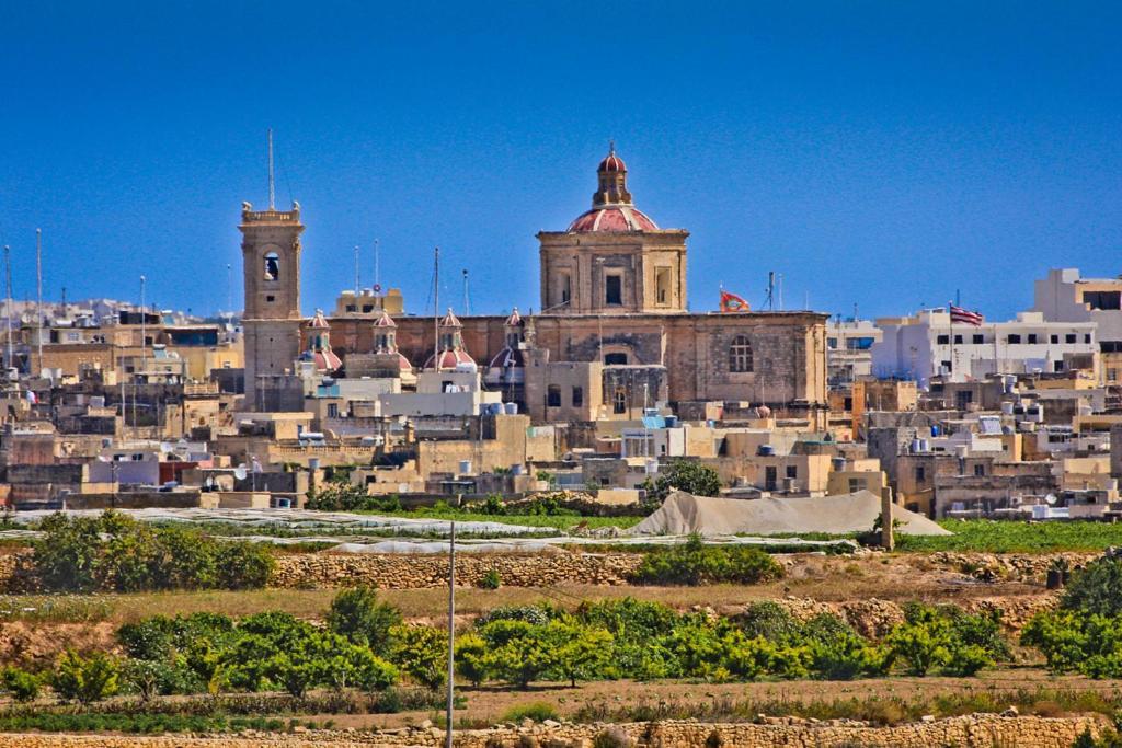Zebbug Malta Studio Apartments, Żebbuġ, Malta - Booking.com