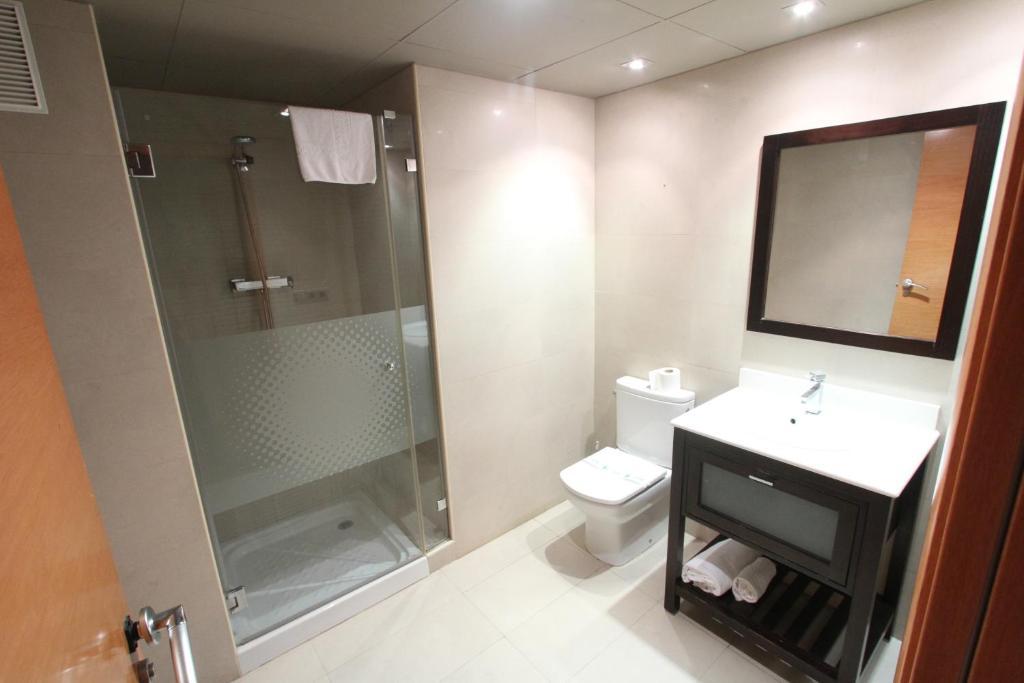 Click booking apartamentos arqubach r servation for Reserver sur booking