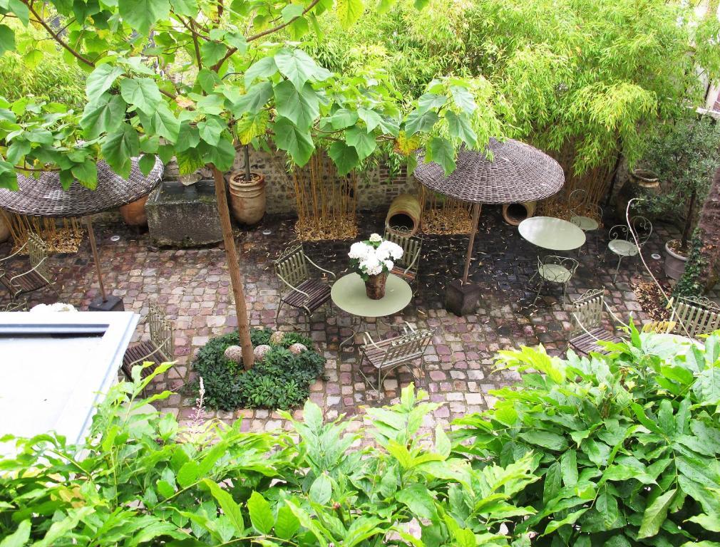 La maison de lucie r servation gratuite sur viamichelin for Agnes b la maison sur l eau