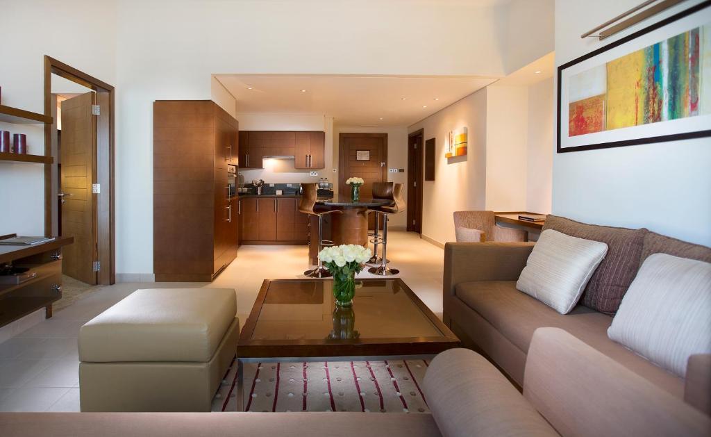 Condo hotel grand millennium wahda abu dhabi uae for Appart hotel urban lodge chaudfontaine