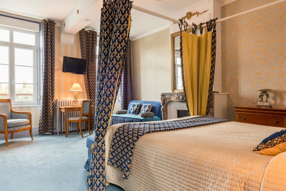La cha ne d 39 or les andelys reserva tu hotel con viamichelin for Chaine hotel