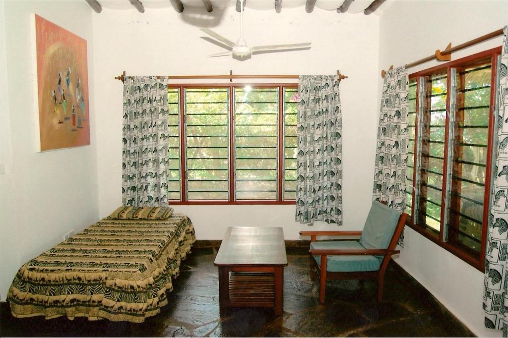 <div data-et-view=NAFQCDCcdXDPdFO:1</div Simba &amp; Oryx Cottages