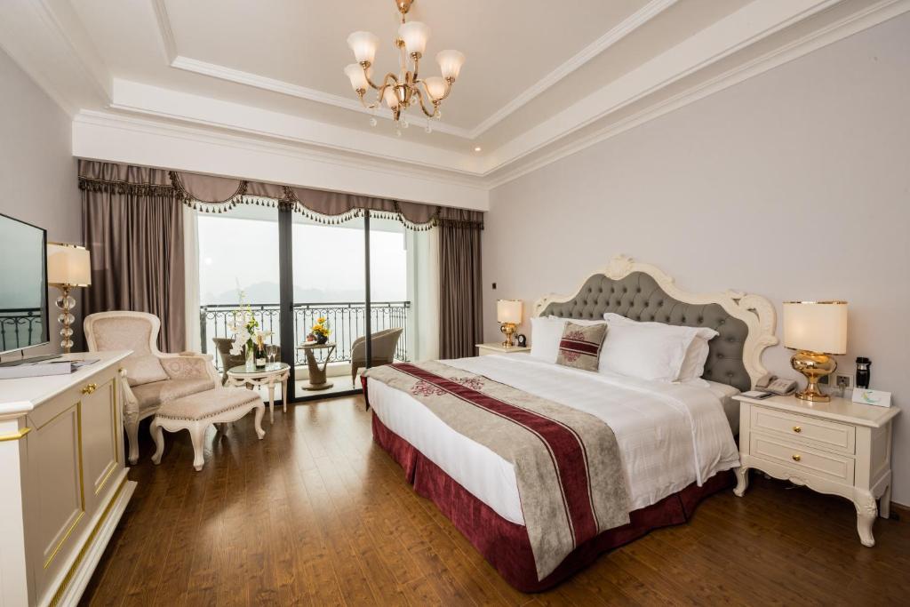 Phòng Deluxe Giường Đôi Nhìn Ra Biển - Bao Cả 3 Bữa