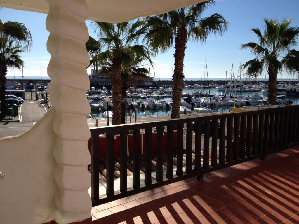 Apartamento puerto marina r servation gratuite sur for Apartamentos puerto marina